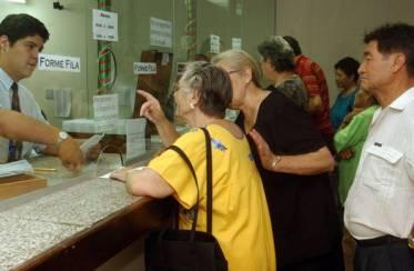jubilados-y-pensionados-de-ips-cobraran-desde-el-23-64273_595_390_1