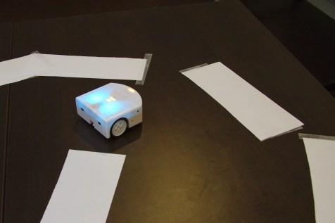 """Fête de la science, LRI, 2016 : atelier """"Programmation et robot"""" (Florian Faissole)"""