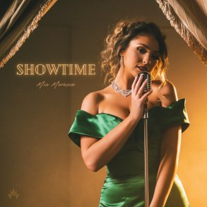 Mia Mormino - Showtime