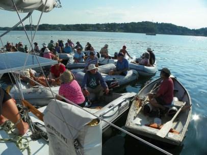 Dinghy raft-up: Port side