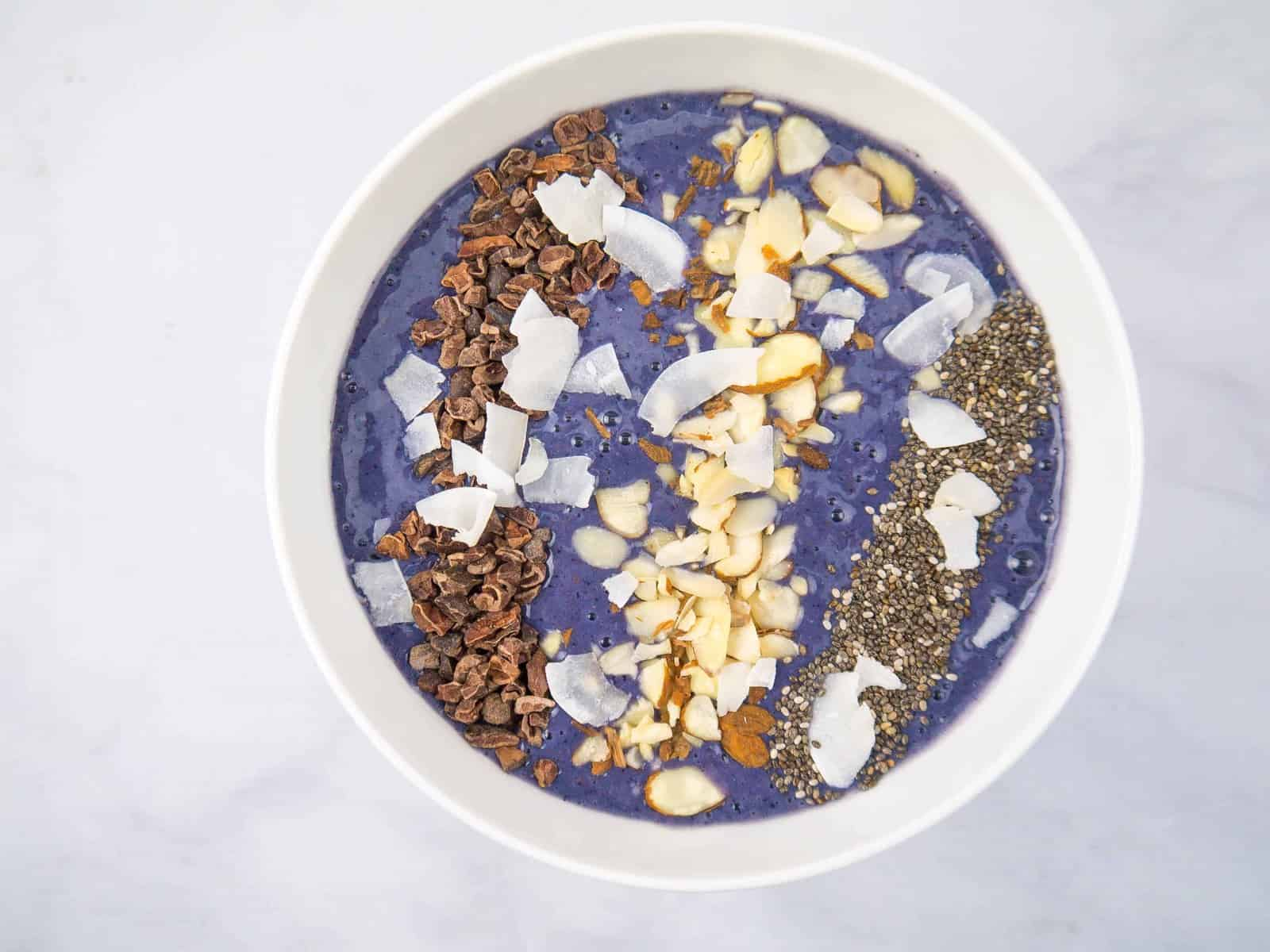 Blueberry Cinnamon Smoothie Bowl