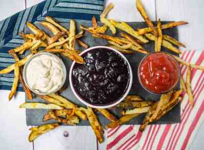 4th of July Appetizer Red White + Blue Dip   Sip + Spice