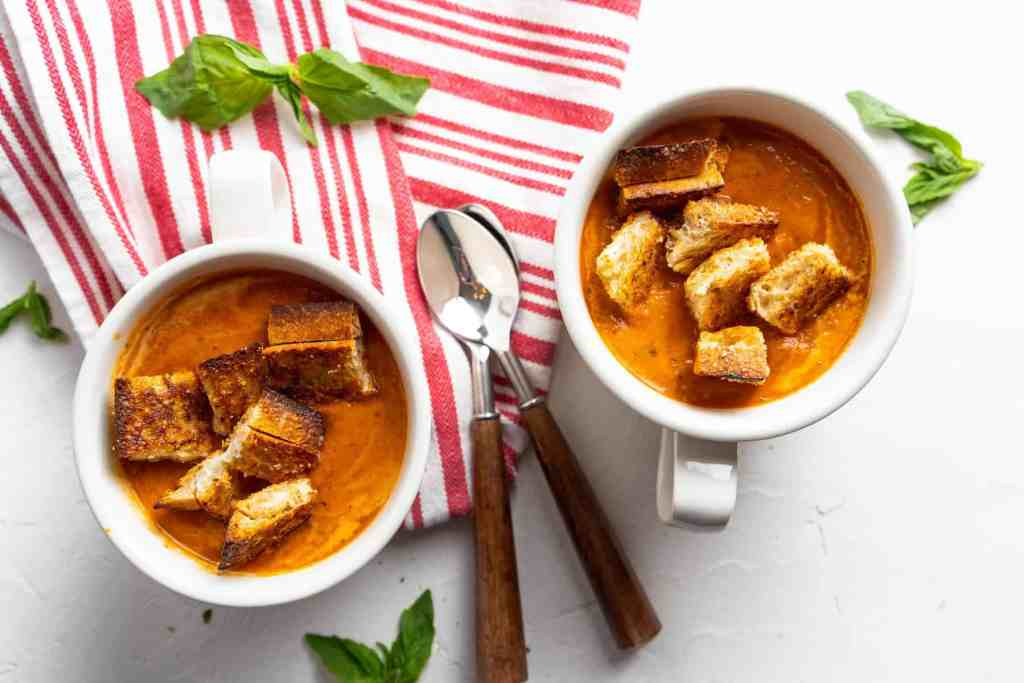 Roasted Tomato Basil Soup with Grilled Cheese Croutons | Sip and Spice