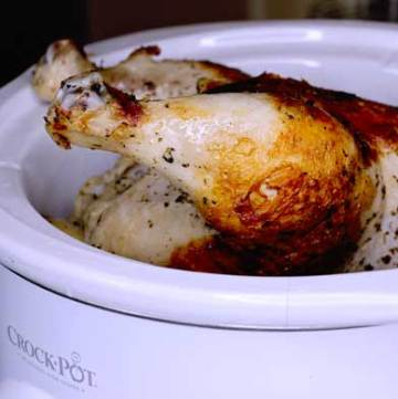 How to slow cook a whole chicken in the crock pot