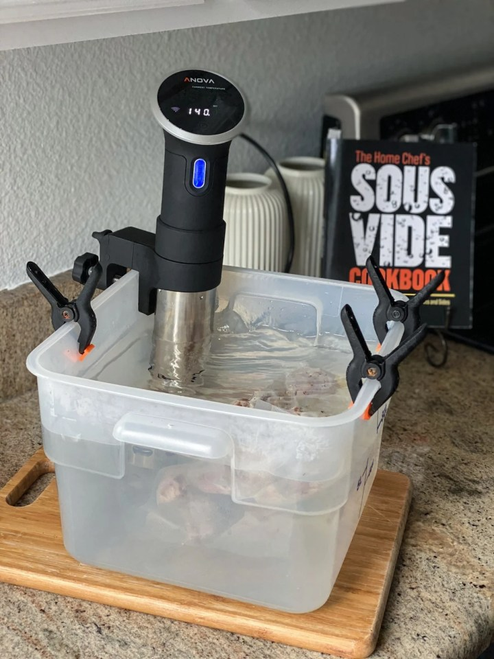 sous viding chicken with Anova sous vide machine