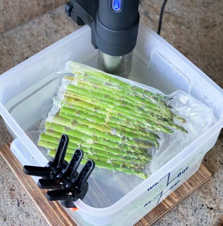 Demonstrating How To Sous Vide Asparagus
