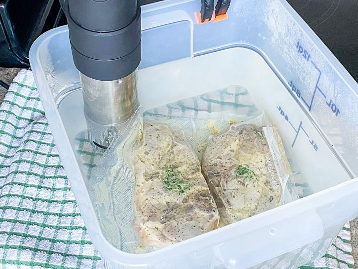 cooking sous vide pork chops recipe with the anova precision cooker