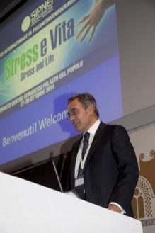 Il presidente della SIPNEI David Lazzari apre il Congresso