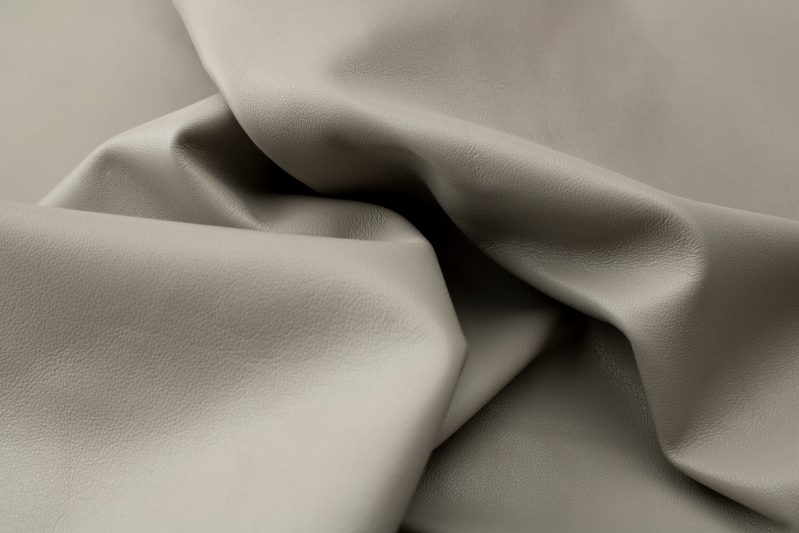 Lamb nappa pearl l6d110 - leather for garments