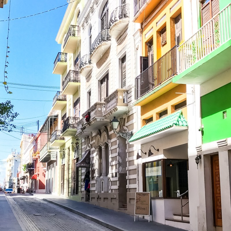 la-fortaleza-street-old-san-juan