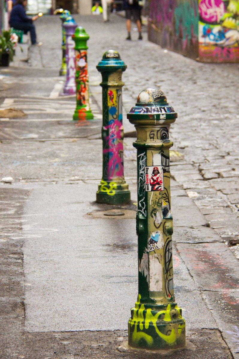 Graffiti Laneway Melbourne Australia.jpg