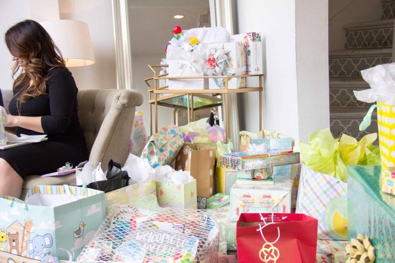 Opening_Gifts_MG_6987.jpg