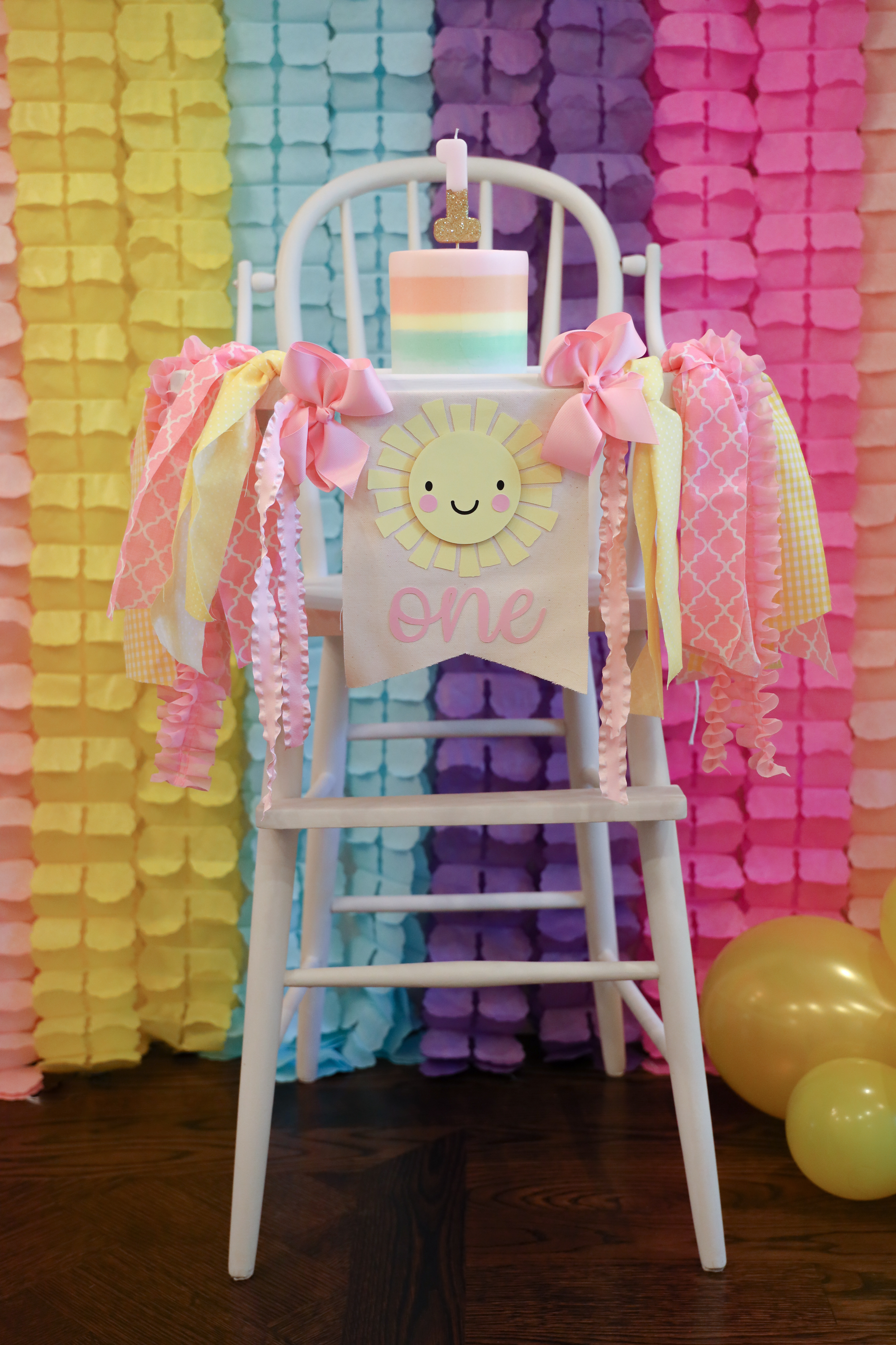 vintage high chair, first birthday, smash cake