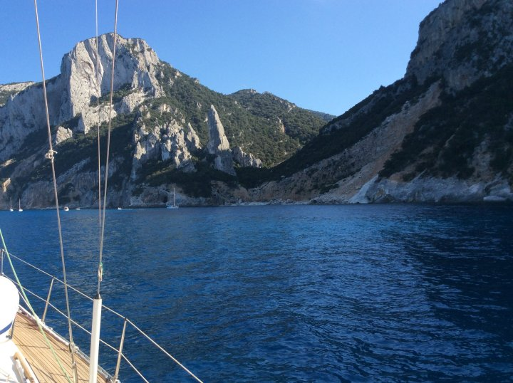 ala Goloritze una dlele mete dlele vacanze in barca a vela in Ogliastra con Sirena sailing