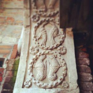 Venezia: Dettagli di un arco nella Corte Seconda del Milion