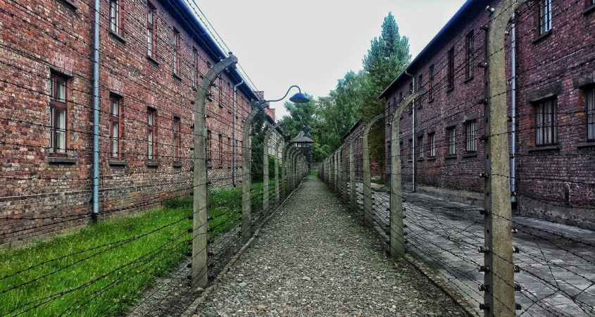 abandoned architecture auschwitz auschwitz concentration camp