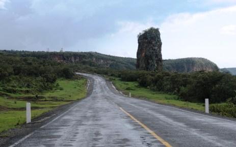 hells gate beautiful-road