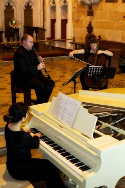 Ian Sykes, Clare Kahn and Claire Howard Race playing Clarinet, Cello and Piano Trio