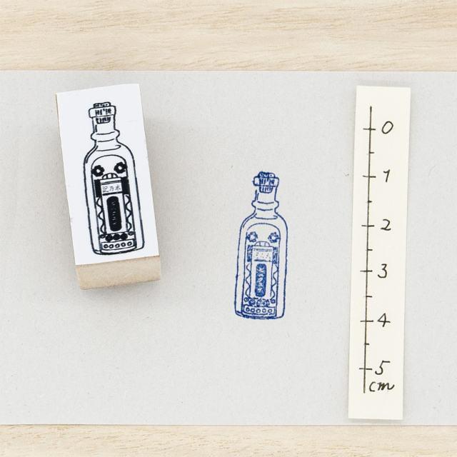 スタンプ レトロな化粧水