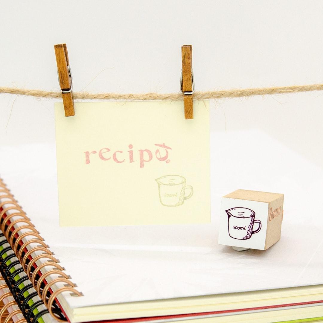 スタンプ<br>レシピ<br>計量カップイメージ1