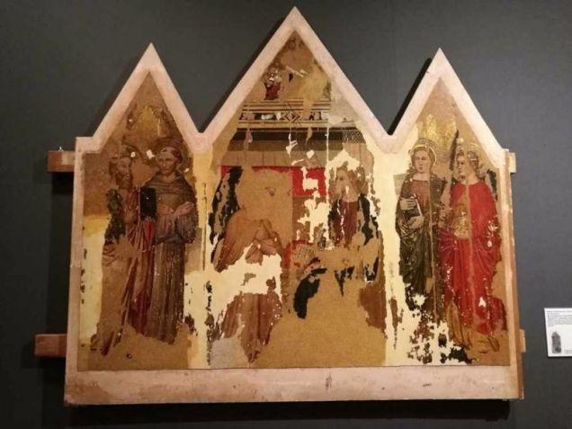 図2 フィレンツェの画家《受胎告知》14世紀後半の多翼祭壇画 修復後