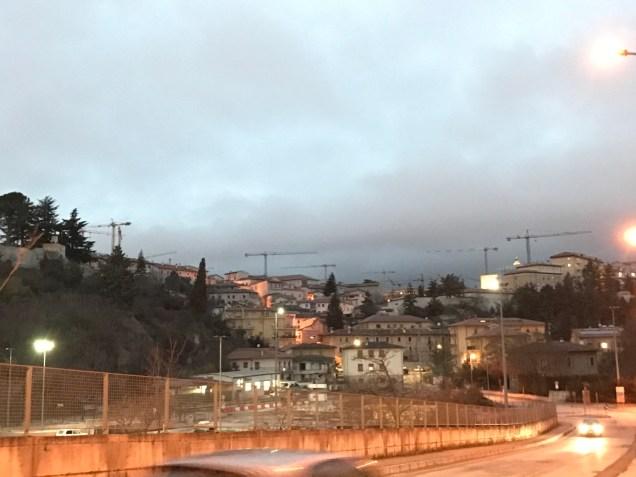 図5 ラクイラの旧市街の様子 撮影者:田口かおり