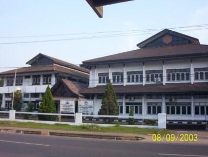 kantor 3