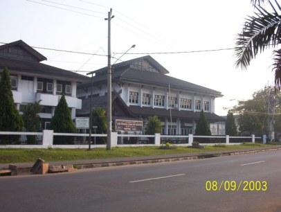 kantor 4