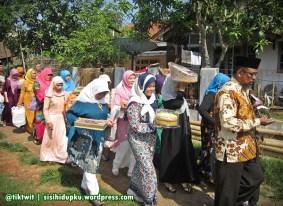 Pengiring pengantin pria dari Sukabumi.