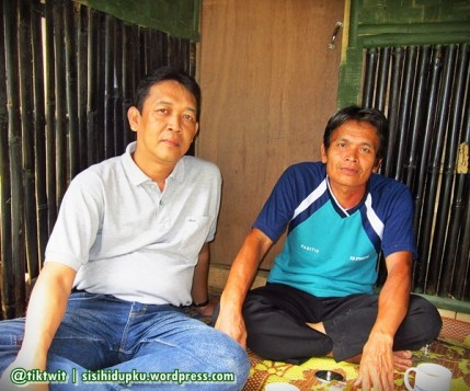 Kang Bidin dan saya yang kini tak lagi muda.