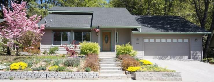 Mt Shasta Home with Mountain Views | Mount Shasta Village