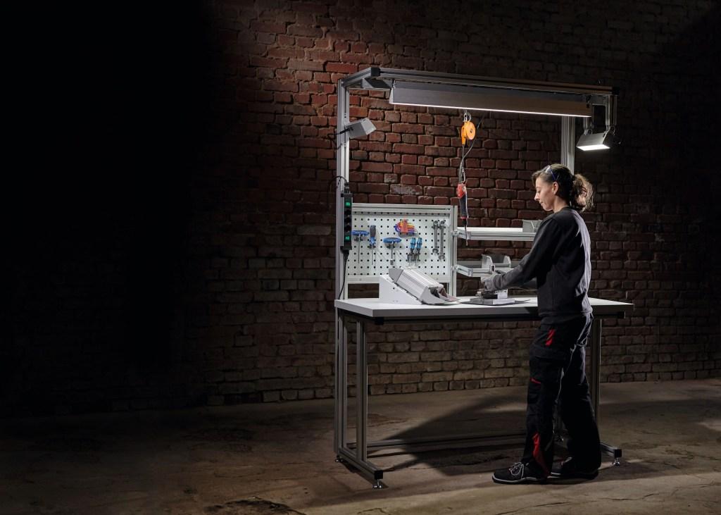LED-Systemleuchten für Arbeitsplatz