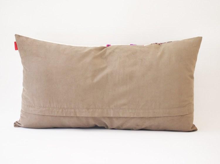 Dos du coussin Ouafa violet et noir / collection berbère - sissimorocco