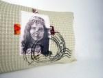 Housse Coussin Carte Postale femme berbère