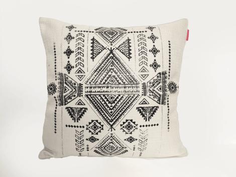 housse-de-coussin-henne-motifs-berbere-serigraphie-blanc