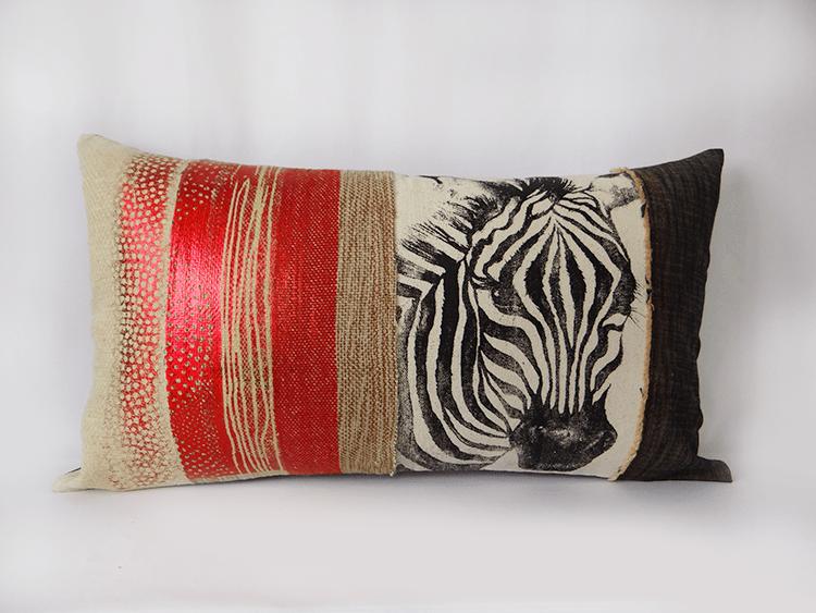 housse de coussin zebre rouge