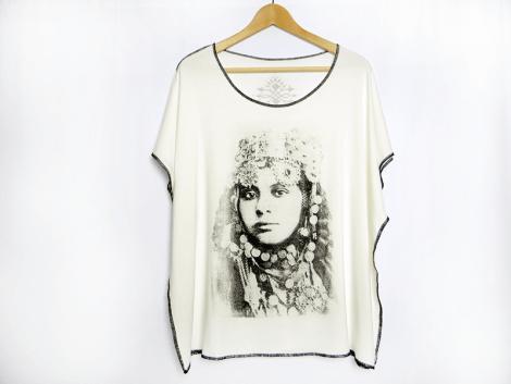 tee-shirt-portrait-de-femme-piece-unique-1
