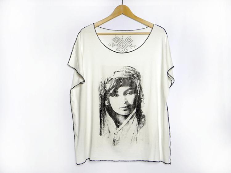 tee-shirt-sissimorocco-piece-unique-femme-berbere-amaia-inspiration-1