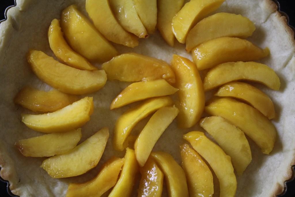 peach cream tart