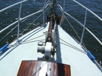 The Preventer goes around our two blue cleats at the bow.