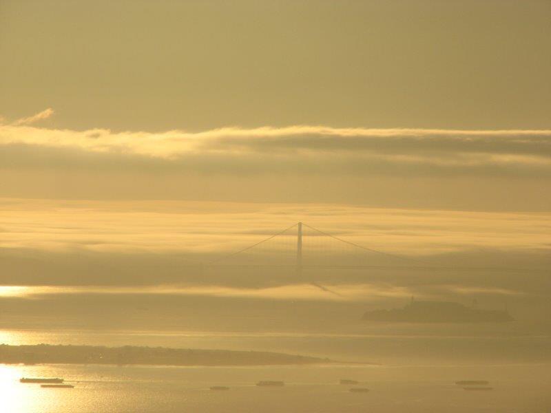 The fog in San Francisco - the famous bridge is hidden