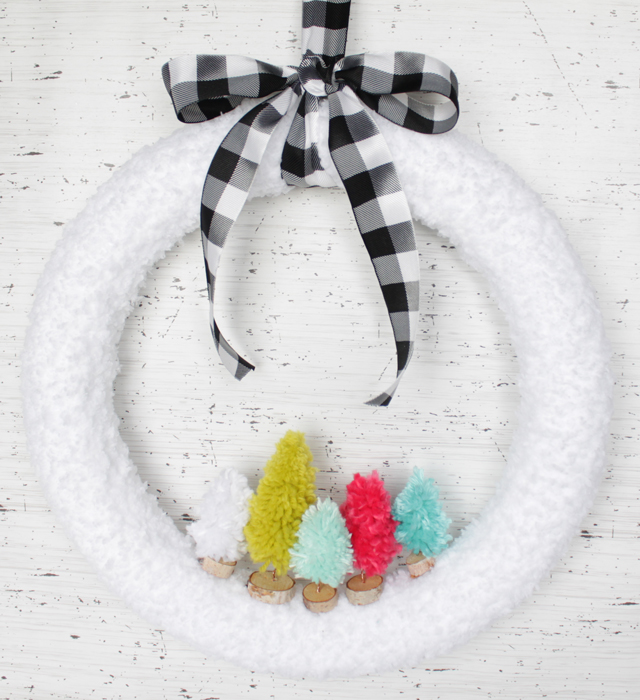 Christmas yarn tree wreath
