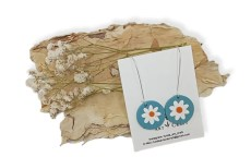 The daisy is a symbol of new beginnings, freedom and fortitude