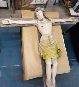 Christ en croix XVIème avant restauration