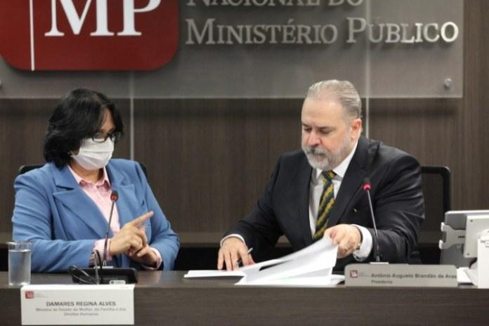 Governo assina acordo de cooperação para combater a violações dos direitos humanos durante a epidemia