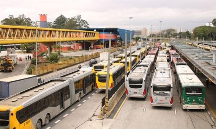 MDR aprova financiamento de R$ 13,7 milhões para compra de 18 ônibus em Curitiba (PR)
