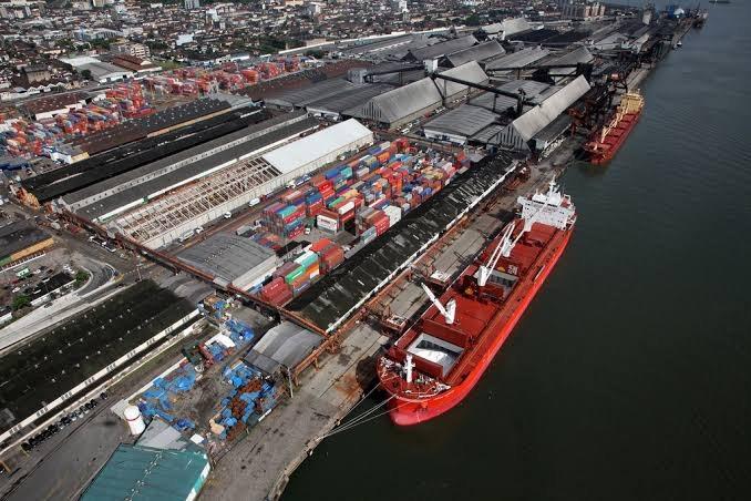 Governo publica editais de leilões para concessão de terminais no Porto de Santos
