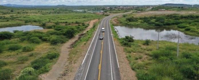 Governo Federal entrega obras de pavimentação na BR-426/PB