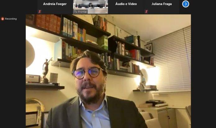 Juiz esclarece aspectos do novo PL para empresas em recuperação judicial durante evento da Sedes e Findes