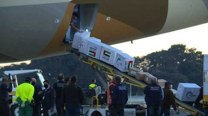Brasil recebe doação de 10 toneladas de material de saúde dos Emirados Árabes